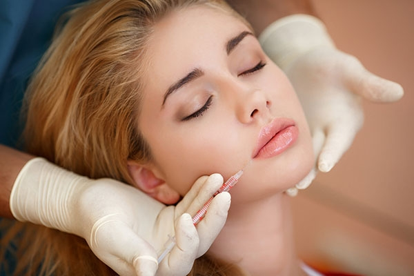 Immagine per Dermal Fillers – Restylane Rv6
